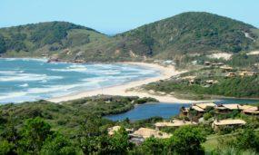 05 dicas para auxiliar no turismo sustentável na Praia do Rosa, Santa Catarina