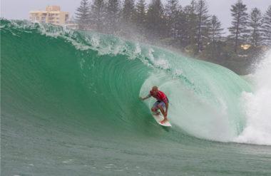 Melhores praias para surfar próximo à Praia do Rosa, Santa Catarina