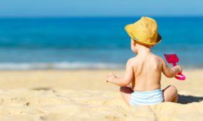 Praia com bebê: dicas para uma viagem tranquila